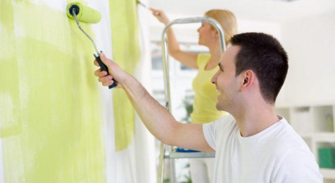 Какую краску выбрать для покраски потолка вашего дома