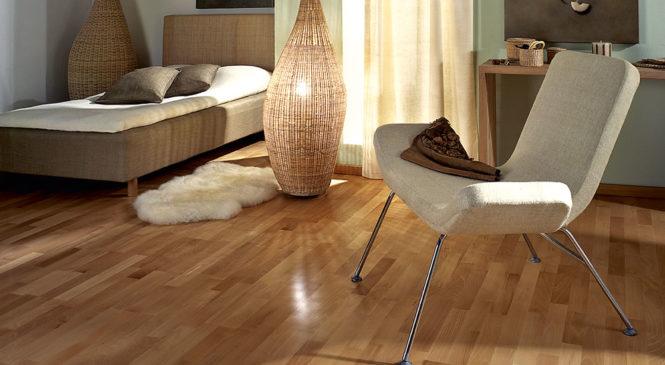 Как обновить деревянный пол в домашних условиях?