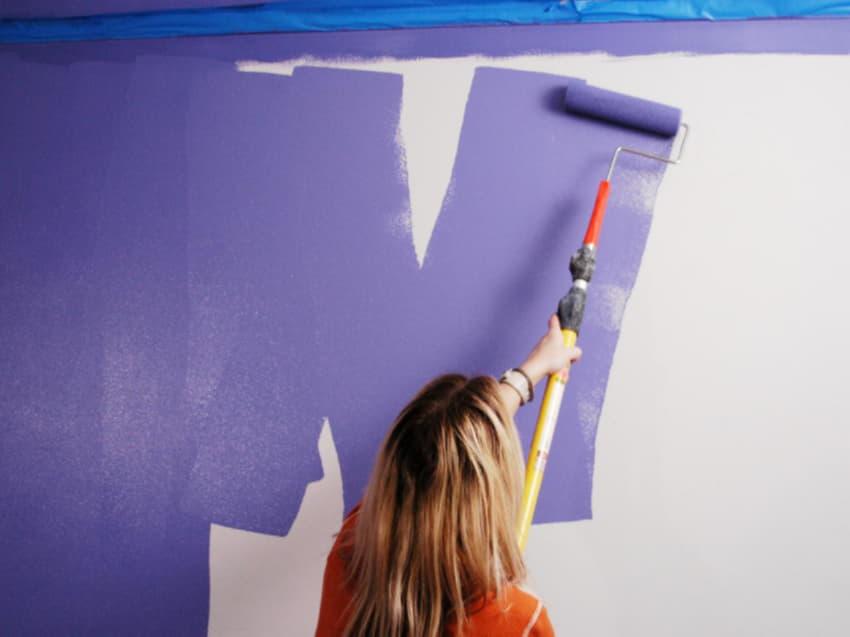 Интересные идеи покраски стен водоэмульсионной краско